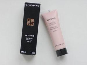 База под макияж Givenchy
