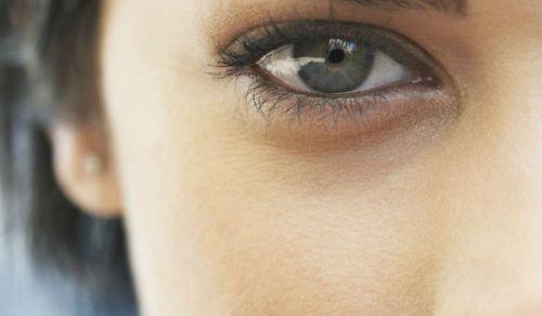 Кожа под глазами без морщин