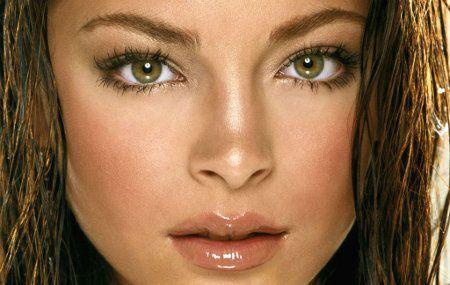 Девушка с болотными глазами