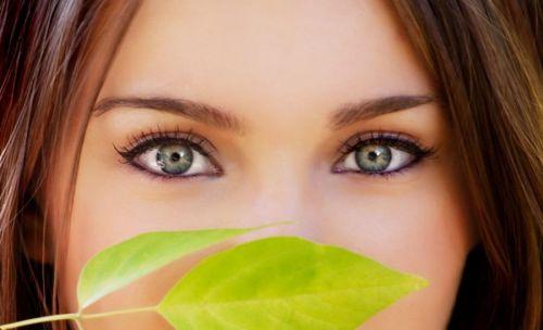 Ухоженная кожа вокруг глаз