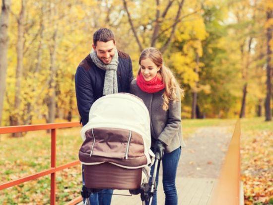 Прогулка с ребенком в коляске