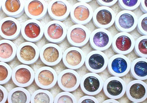 Цветовая палитра кремообразных теней