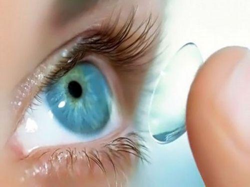 Использование контактных линз