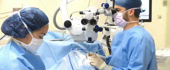 Операция на глазу