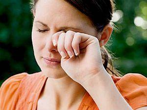 Зуд в глазах: причины и лечение, как снять покраснение, жжение и сухость
